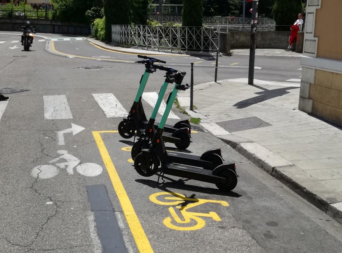 Des vélos et trottinettes électriques sur inovallée, et une voie Chronovélo pour relier Grenoble à Meylan