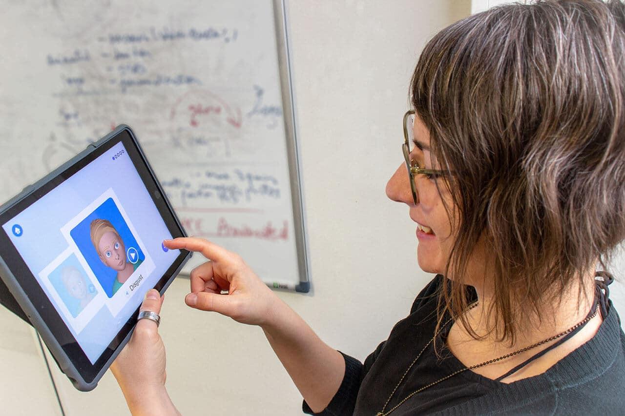 Emoface, une application pour aider les autistes à décrypter les émotions
